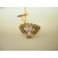 Złoty pierścionek z cyrkoniami. id: 143